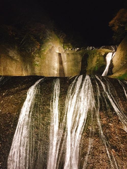 四度の滝k.jpg